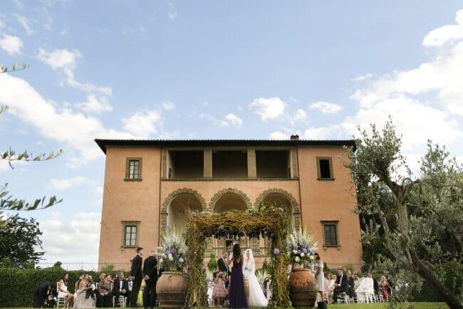 elegant wedding villa in italy ceremony