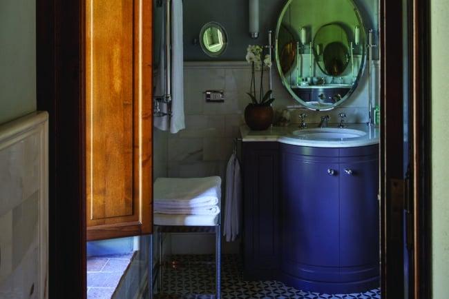 Bathroom detail in blue color