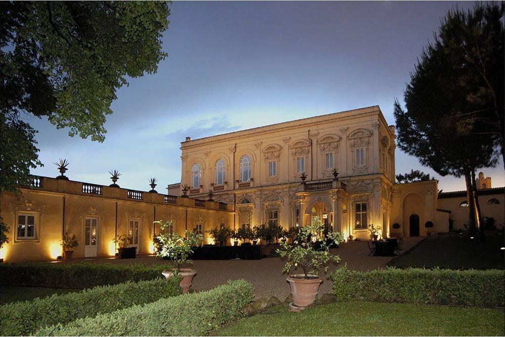 Romantic Wedding villa in Rome