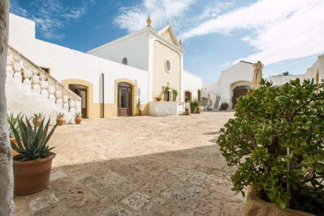Courtyard for wedding reception