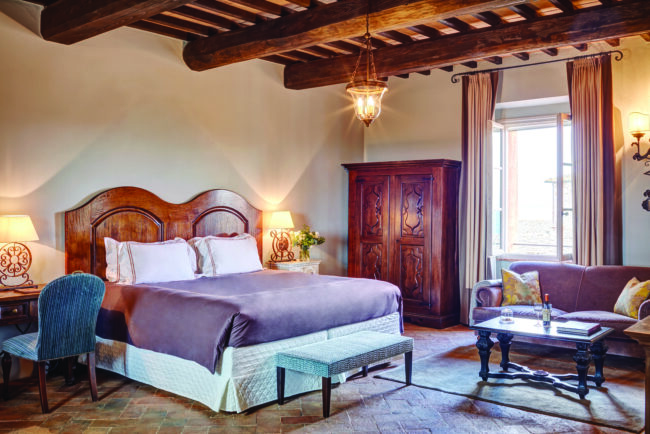 Exclusive bedroom in a wedding venue in Tuscany