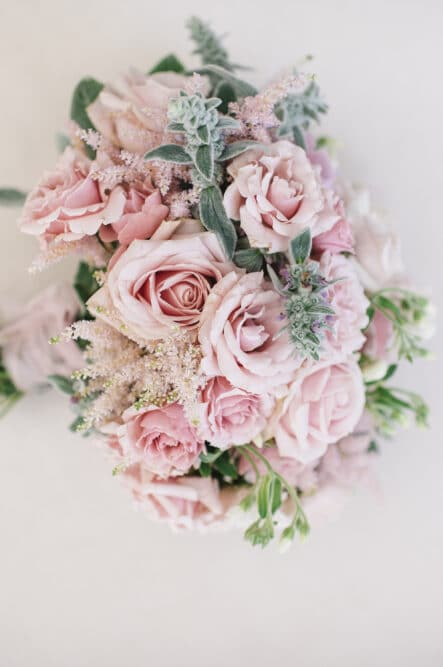 Elegant bride bouquet for a wedding in Florence