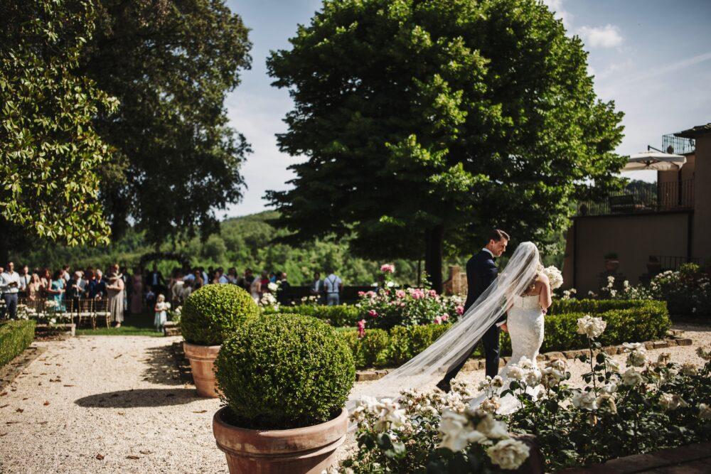 bridal entrance wedding villa tuscany