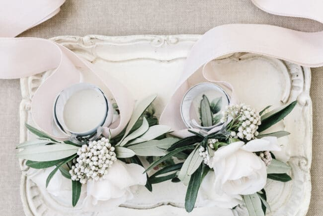 Elegant wedding coursage for weddings in Florence