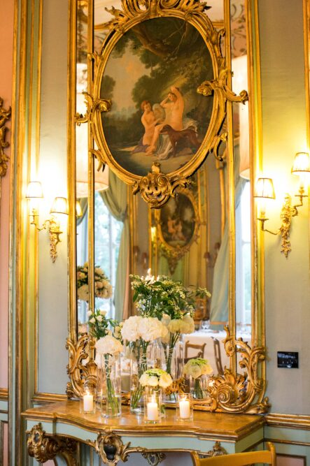 Details of a luxury decor for a wedding in Tuscany