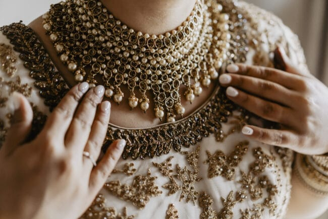 Indian gold wedding jewelry