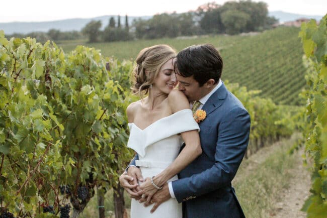 Jewish newlyweds in a vineyard in Tuscany