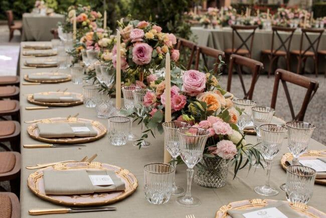 Jewish wedding gold table decorations