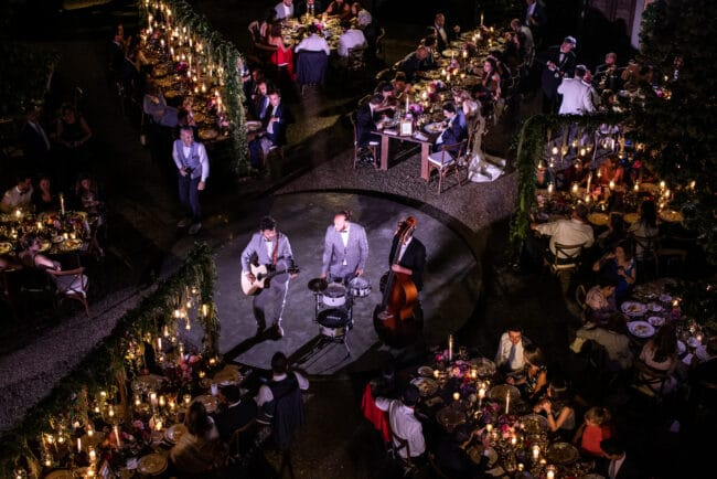 Unplugged band for a lebanese wedding party in Tuscany