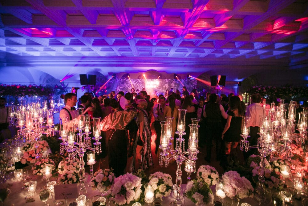 Exclusive wedding party in Rome