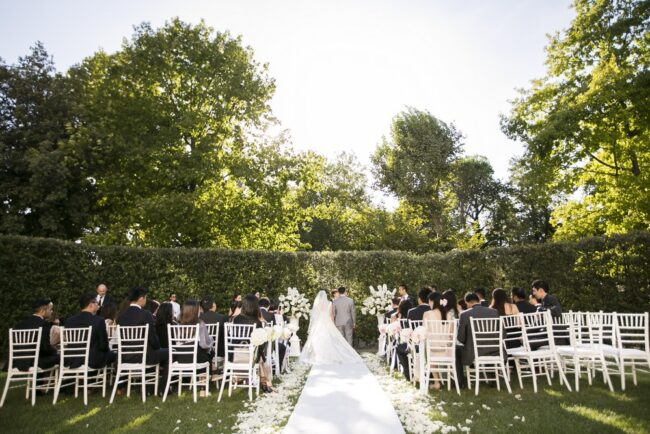 Outdoor wedding in a luxury villa in Florence