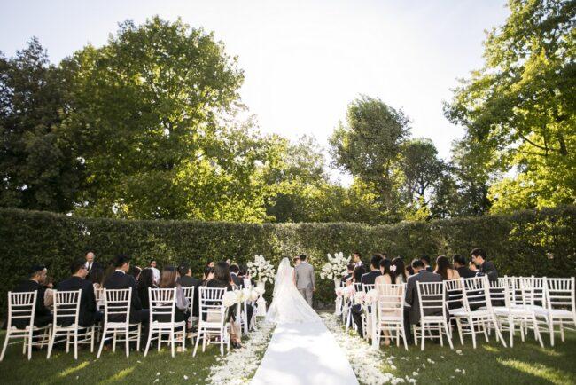 outdoor ceremony luxury villa in tuscany