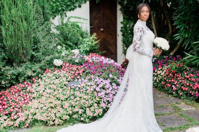 Bridal portrait in a romantic garden in Ravello