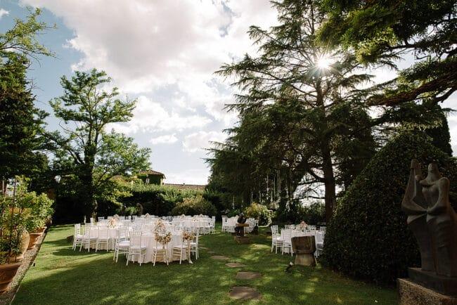 romantic lunch outdoor wedding villa garden italy