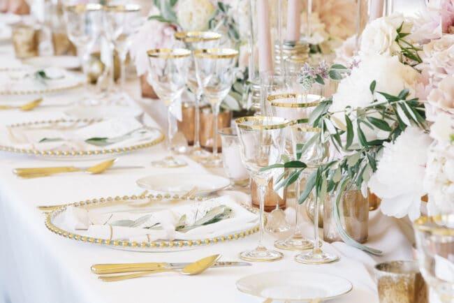 Luxury wedding flowers decoration
