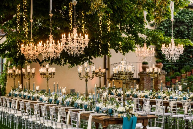 tables decor chandelier romantic villa tuscany