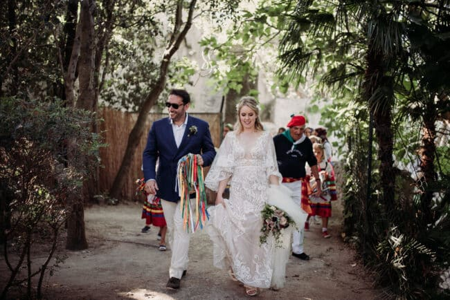 Bride and groom with a typical Capri band