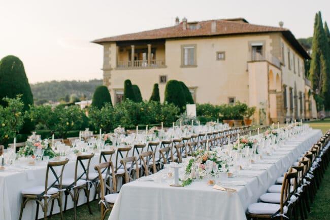 villa wedding florence tables rectangular