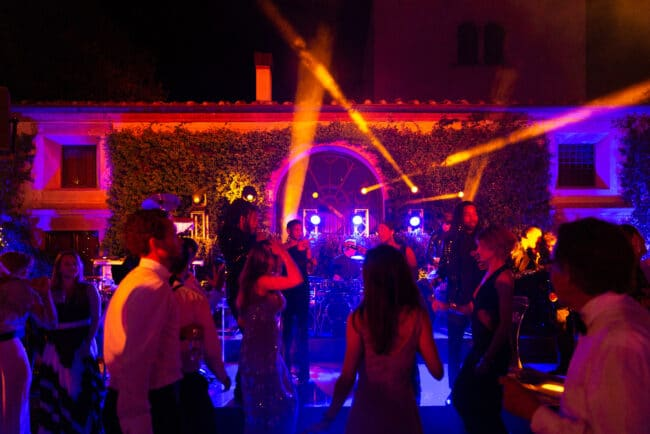 Live show band for an exclusive wedding in Italy