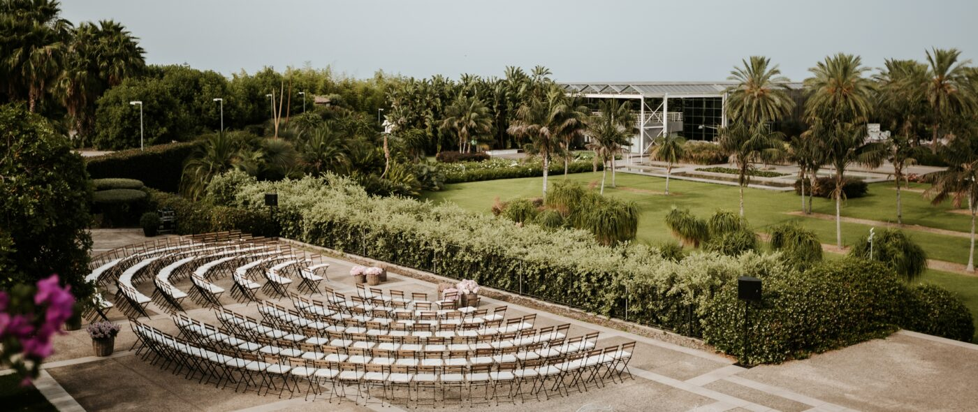 Amphitheatre chairs layout for a luxury wedding in Sicily