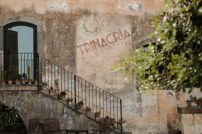 Details of a luxury wedding villa in Sicily