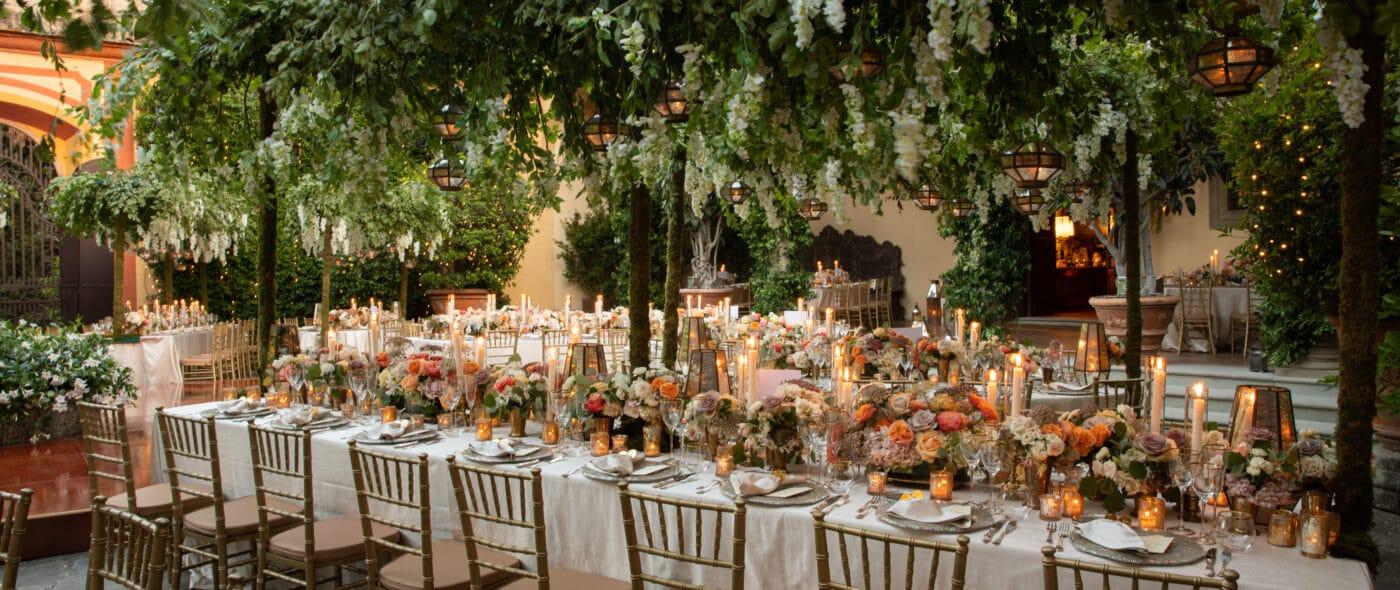 Luxury wedding in Italy, a secret garden style