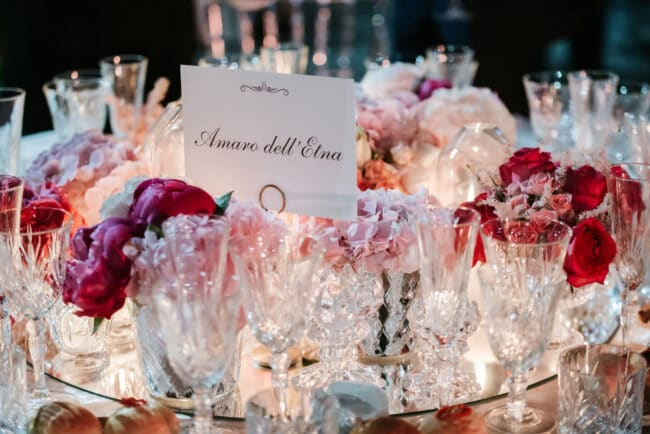 Mirror and candles for a romantic centerpiece