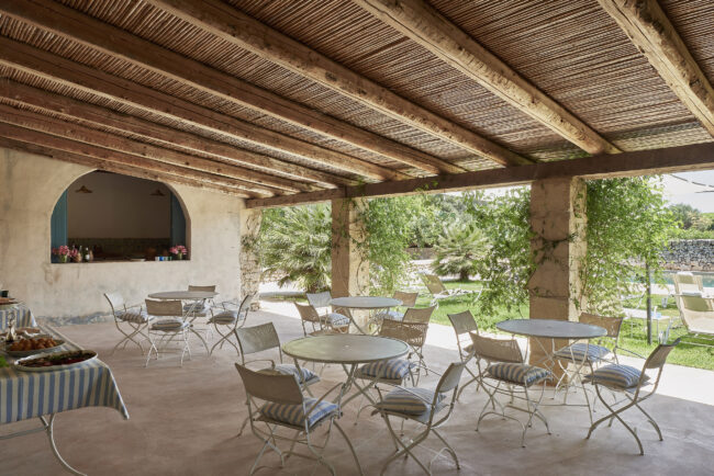 Outdoor area in a villa in the heart of Sicily