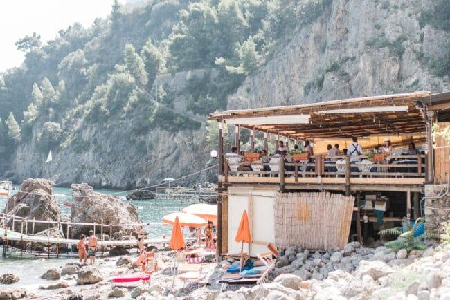 luxury-beach-in-italy