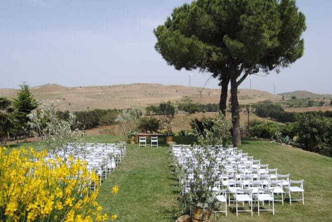 External garden for a wedding ceremony in Sicily