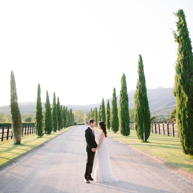 Newlyweds in Tuscan countryside