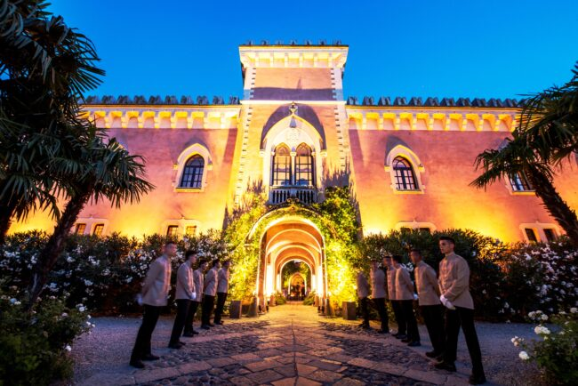 Outdoor wedding castle in Sicily