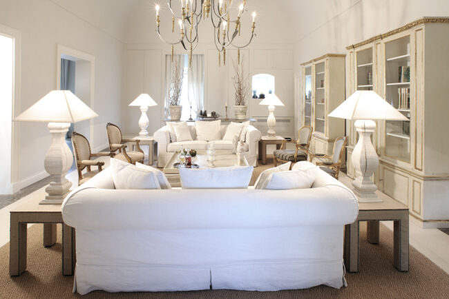 White and gold interior in the wedding venue