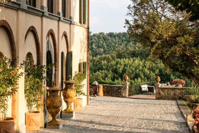 Villa in Chianti for weddings - wine resort