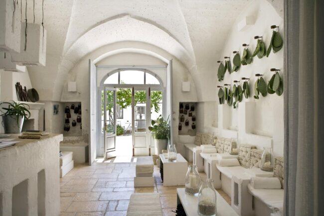 indoor details apulia wedding venue