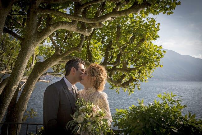 A romantic small wedding in Villa del Balbianello