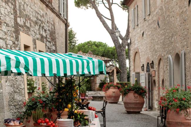 Rustic villa wedding in Chianti Tuscany