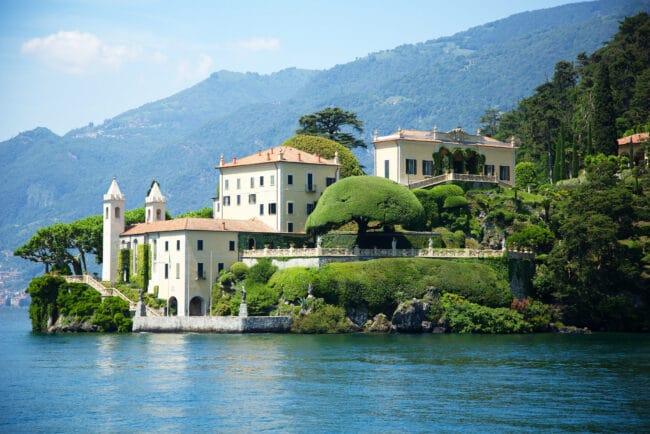 Villa del Balbianello with Como Lake view