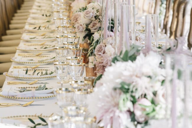 Ivory and pale pink decor for a romantic wedding in Florence