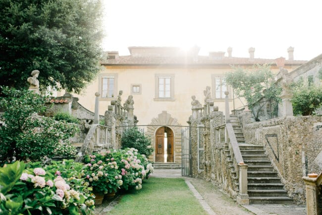Exclusive gardens of a wedding villa in Tuscany
