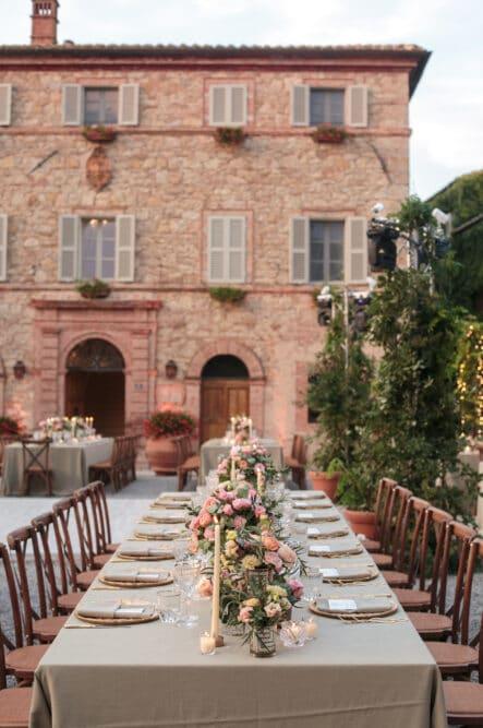Romantic dinner in a villa in Siena, Tuscany