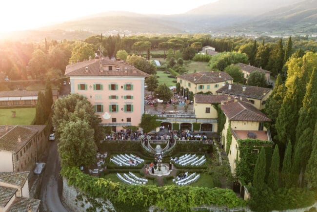 Wedding in a villa in Tuscany with italian style garden