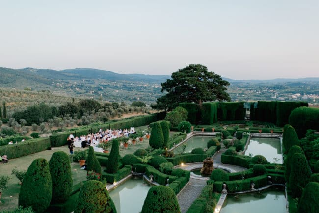The most exclusive italian style garden for weddings in Florence