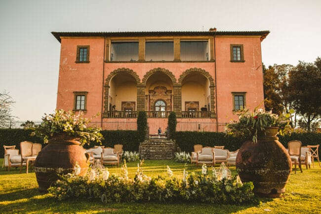 Renaissance style villa in Florence for outdoor ceremonies