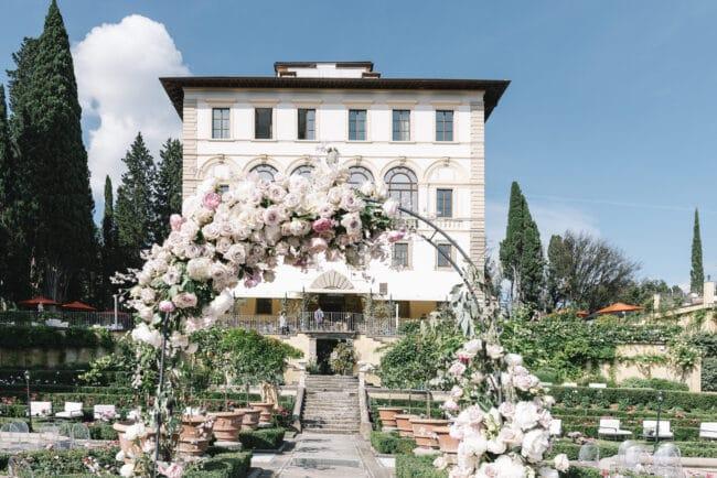 Romantic wedding arch in a villa in Italy