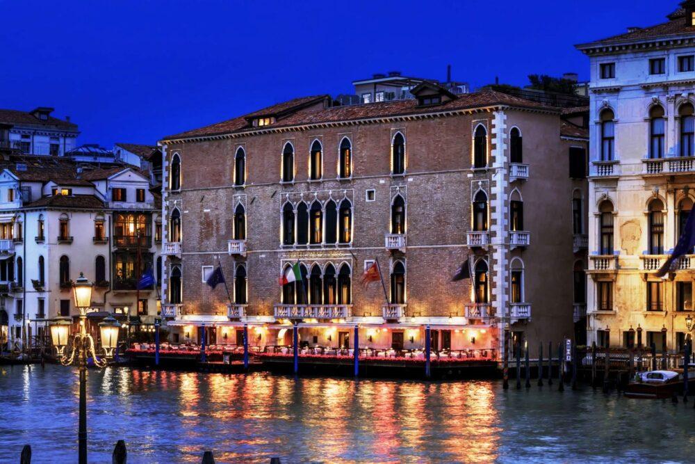 Exclusive five stars hotel in Venice