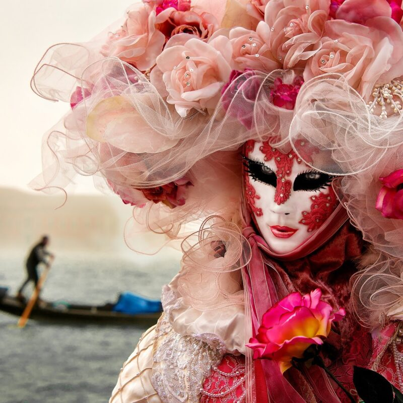 Luxury Wedding in Venice, carnival mask