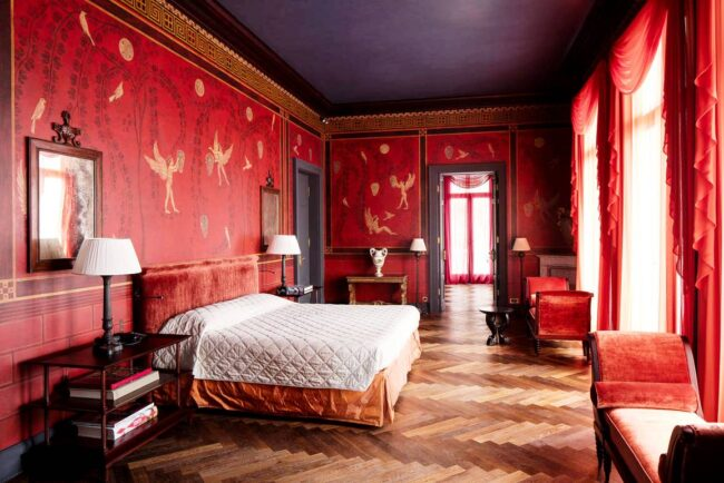 Luxury red suites in a wedding venue in Sorrento