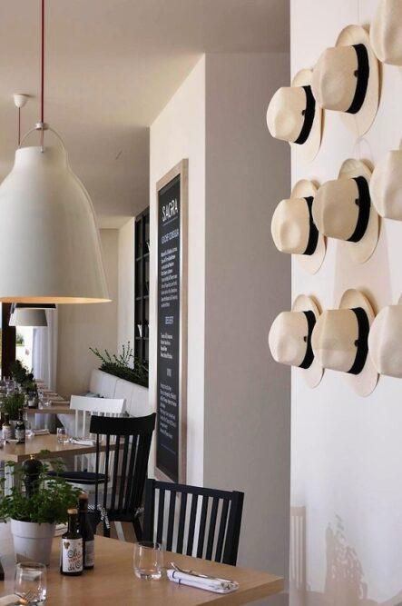 Restaurant in a romantic wedding venue in Venice
