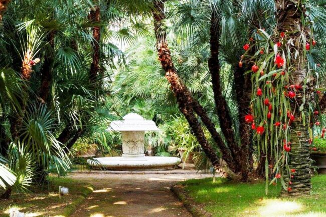 Wedding villa in Sorrento with romantic garden